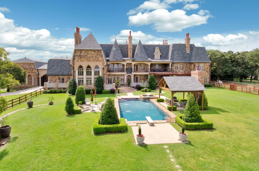 Residential_Real_Estate_Aerial_Photography-1024x678
